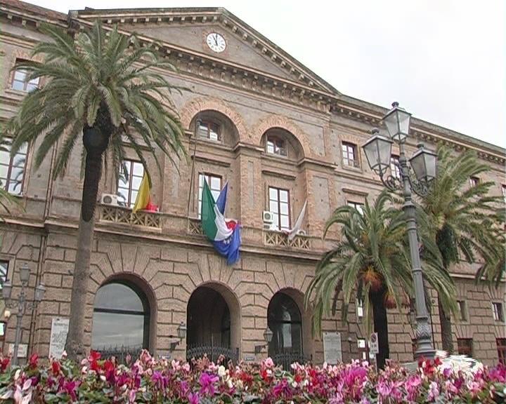 Milazzo. Consiglio approva la modifica degli articoli 4 e 20 dello Statuto comunale