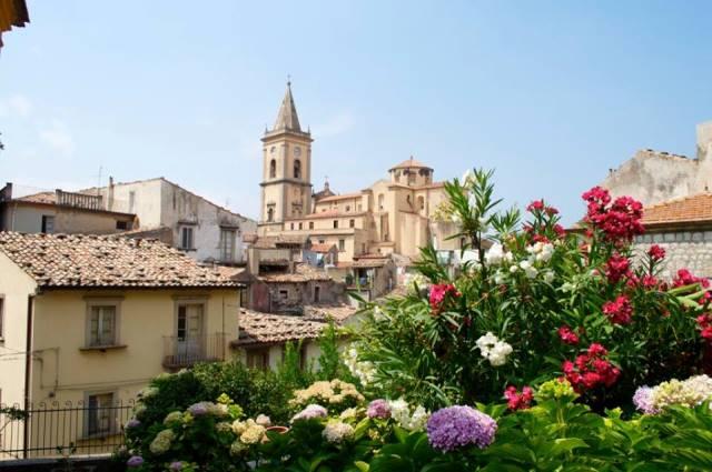 Novara di Sicilia. Aggiudicata ristrutturazione di teatro e chiesa S. Maria La Noara