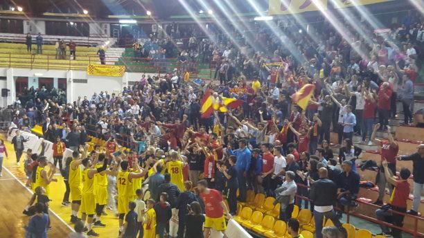 Basket-PlayOff. Barcellona domina Valmontone in gara-2, il Palalberti adesso sognA..