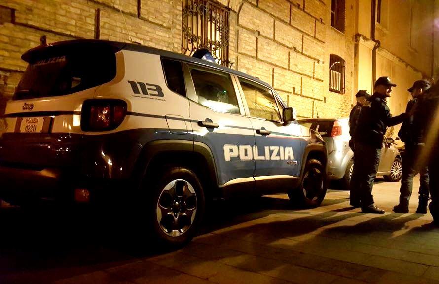 Barcellona PG. Arrestato giovane per droga in casa