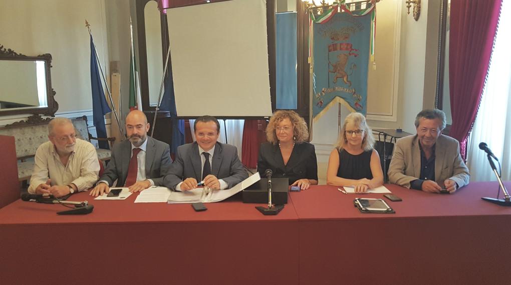 Scuole. Palazzo dei Leoni, il sindaco metropolitano De Luca ribadisce ordinanza di chiusura plessi non a norma