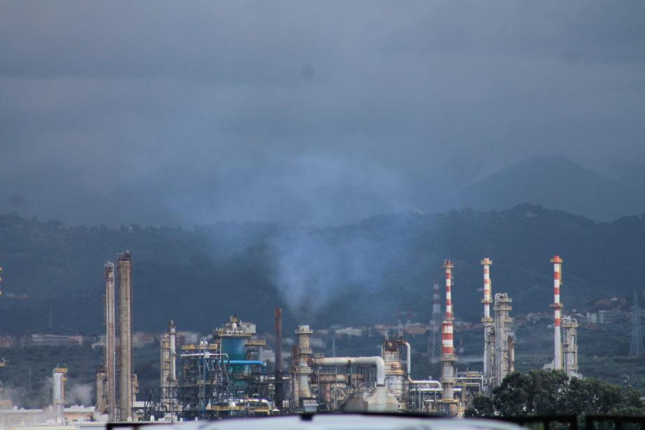 """Valle del Mela. Comitati e associazioni, attaccano: """"Una parte del consiglio comunale di Milazzo chiede più inquinamento per obbedire alla RAM"""""""