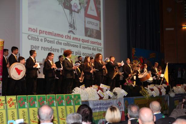'Comuni Fioriti' e la Banda di Sinagra, applausi e stupore a Bologna