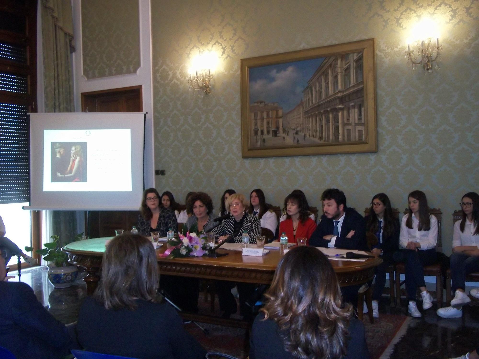 """""""Protocollo Interistituzionale per prevenzione e contrasto violenza di genere nella Provincia di Messina"""", siglato tra Prefettura-Città Metropolitana di Messina-Istituzioni- Associazioni"""