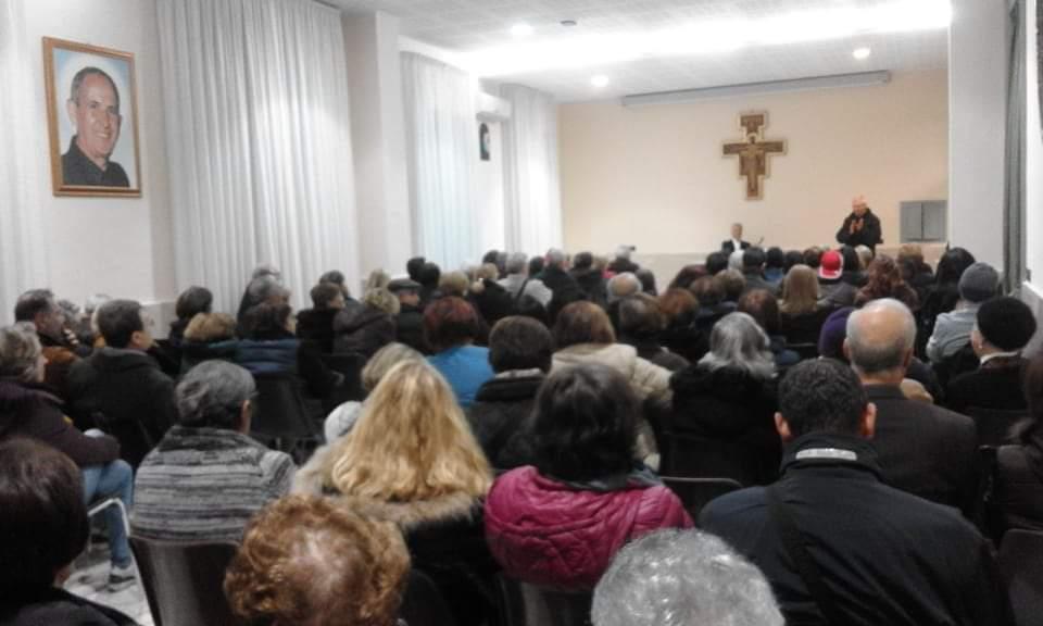 Barcellona PG. Interessante incontro con il biblista Don Santi Grasso