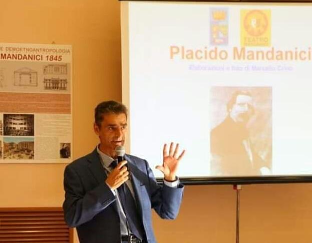 Barcellona PG. Conferenza di Gaetano Mercadante. Nuovi studi su Mandanici e presentazione Stagione Teatrale 2019