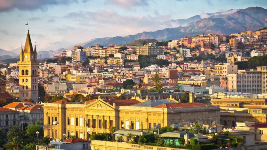 Brevi su Messina. Copertura Torrente Annunziata e riattivazione ascensore  del plesso Piramide al Gran Camposanto