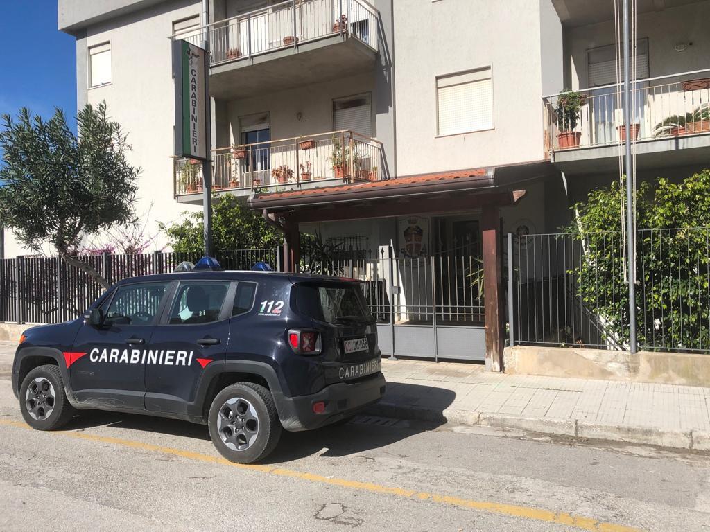 Giardini Naxos. Controlli Carabinieri in  Cannabis light shop, denunciato titolare di una rivendita di tabacchi