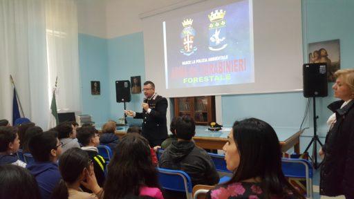 """Messina. Incontro tra Carabinieri e alunni scuola media """"Galatti"""" per diffusione cultura della legalità"""