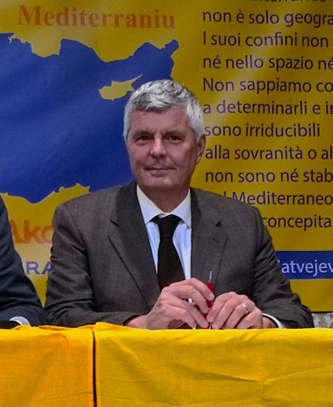 """Regione. 'Guerra ai rifiuti elettrici ed elettronici', Pierobon: """"Riparazioni e riciclo incentiva anche occupazione"""". I dati per provincia sul recupero di tv, monitor, lavatrici"""