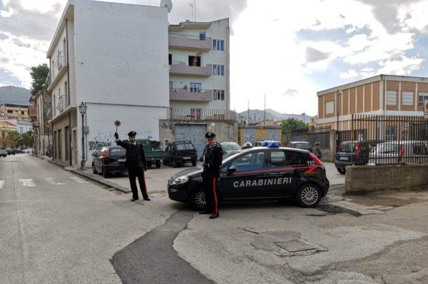 Barcellona PG. Carabinieri arrestano 'truffatrice seriale', condanna a 1 anno e 7 mesi di reclusione, per millantato credito