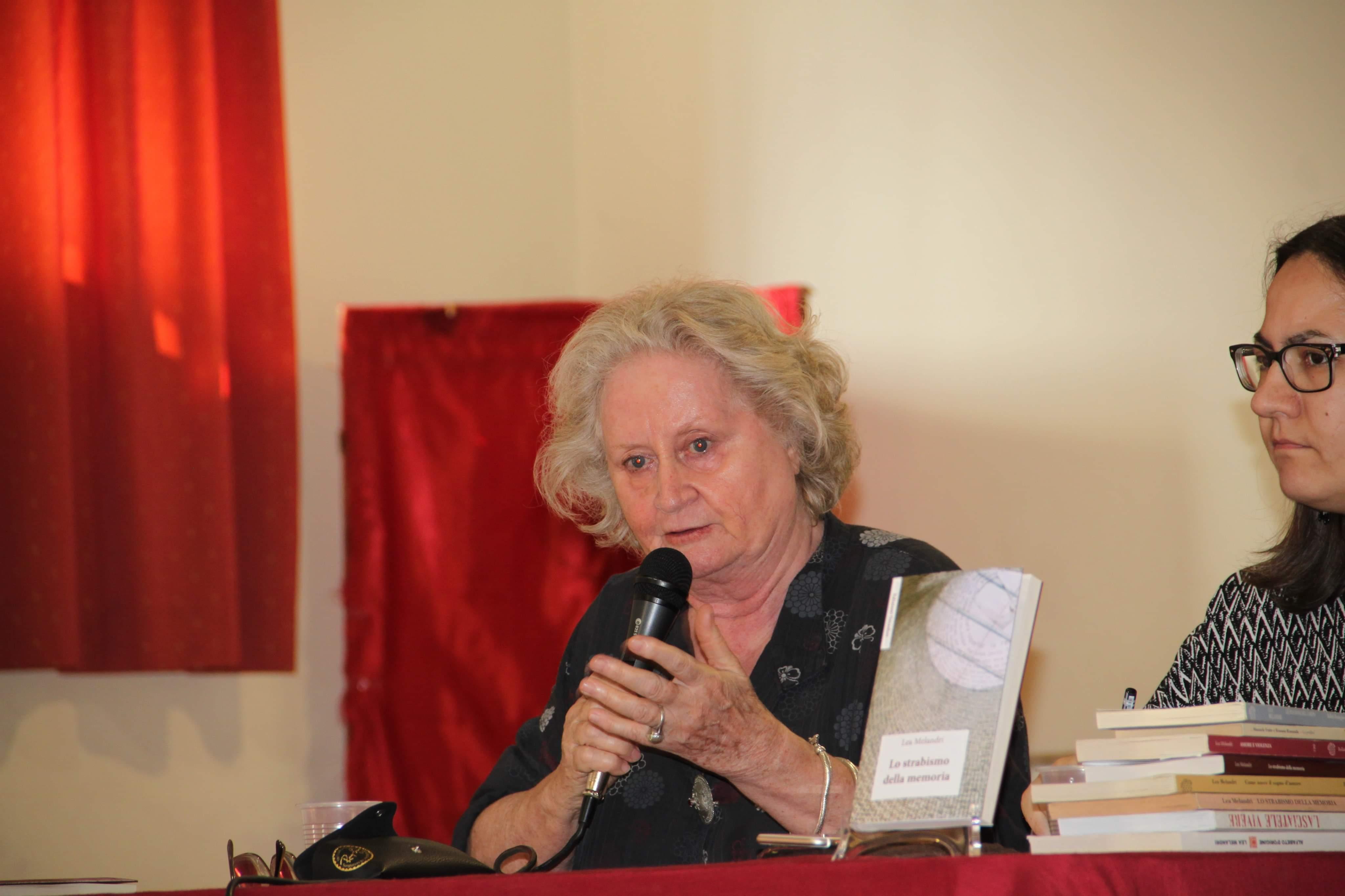 Barcellona PG. Grande partecipazione all'incontro pubblico con Lea Melandri, femminista storica