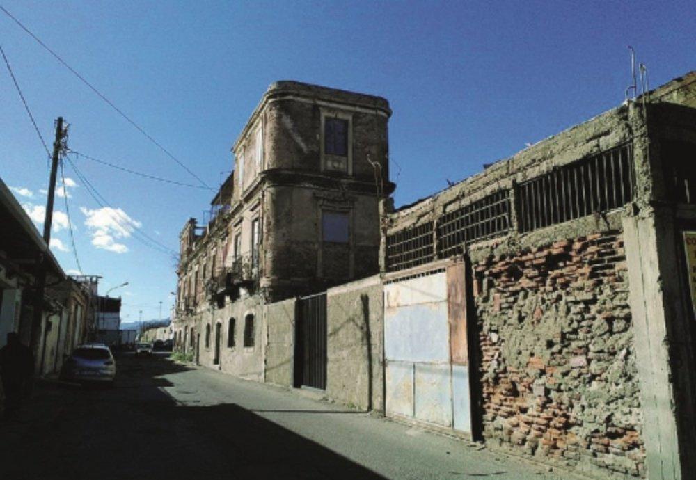 Messina. Sopralluogo in via Don Blasco del vicesindaco Mondello per il ritrovamento di un ordigno bellico