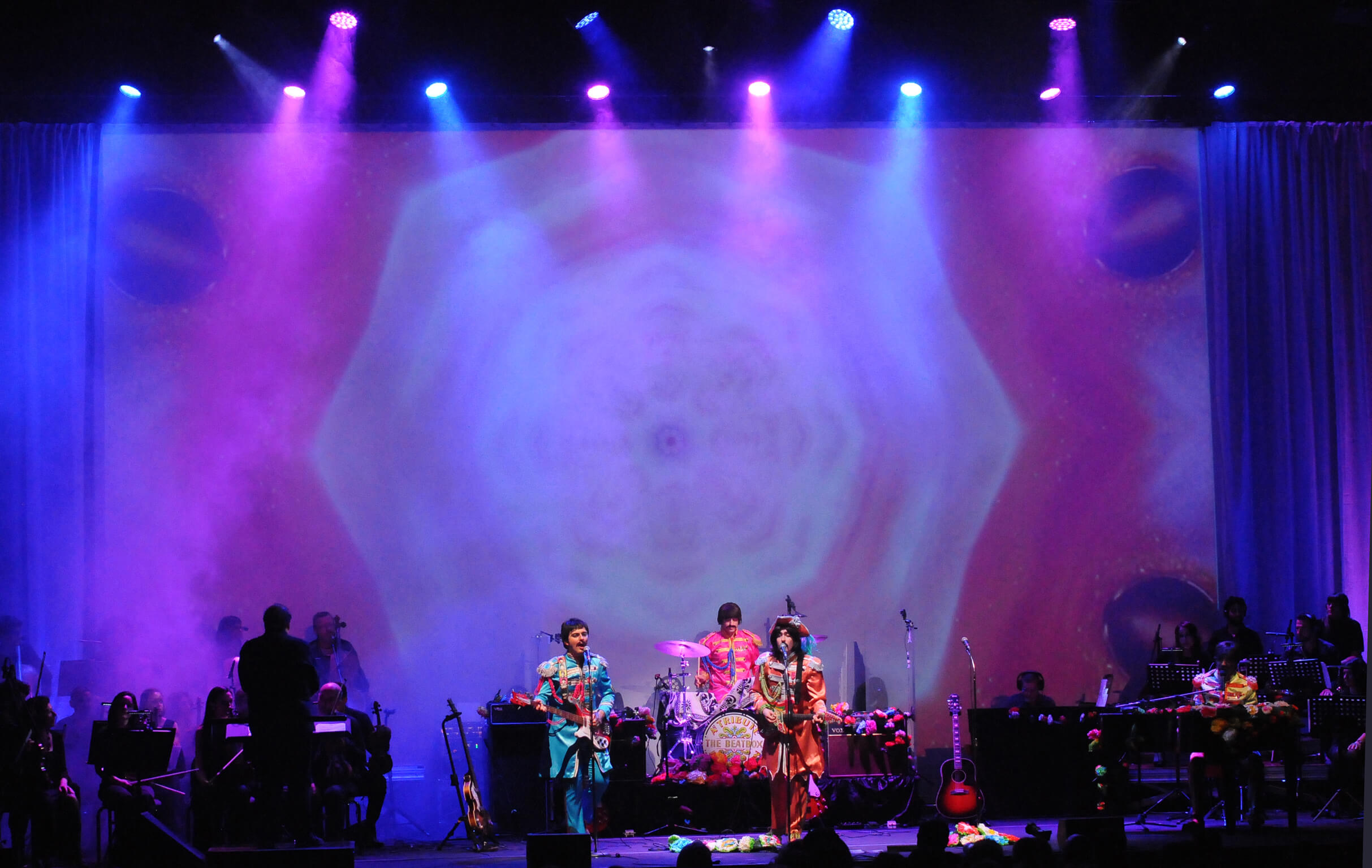 """""""Revolution The Beatles Musical"""" in Sicilia al Teatro Antico di Taormina"""