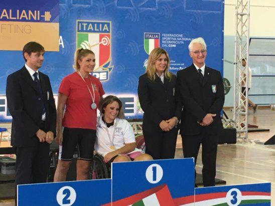 """Barcellona PG. Vera forza della natura.. Roberta Macrì ennesimo oro ai Campionati italiani Para-Powerlifting: """"Nulla è impossibile, basta volerlo"""""""