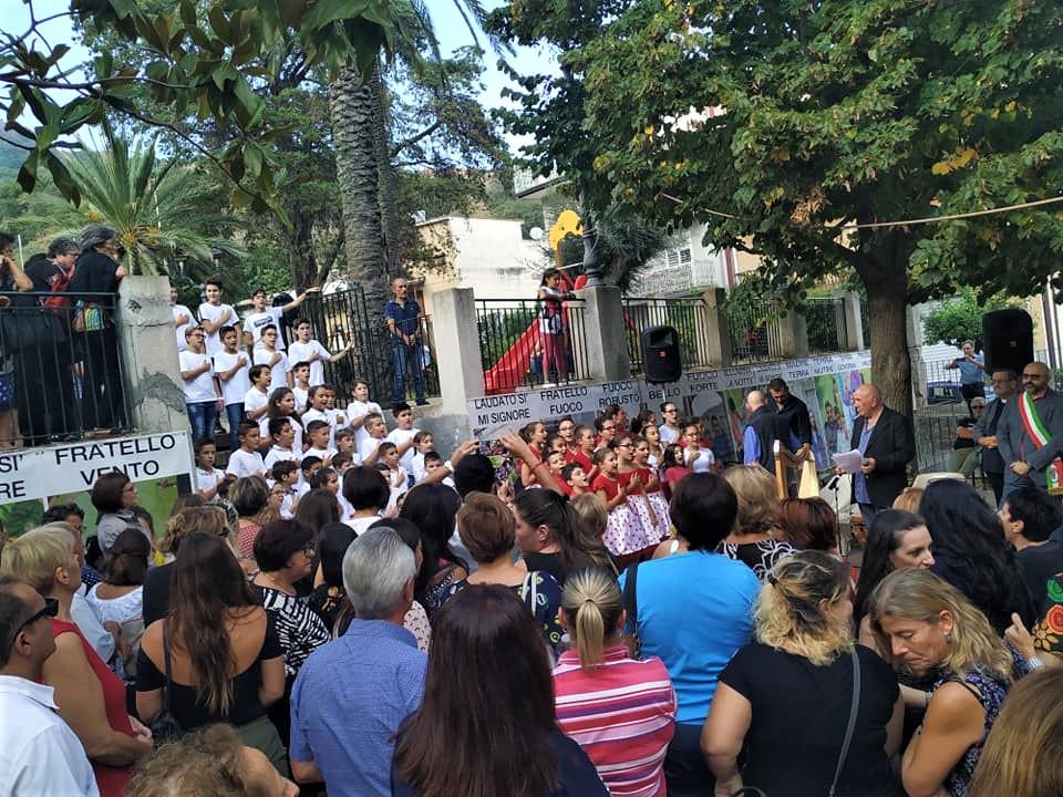 """#Cultura&Bellezza Controesodo, il maestro Presti tra Etna e Alcantara per ricucire territori: """"44 mila persone e 2 mila bambini delle scuole per il Cantico"""""""