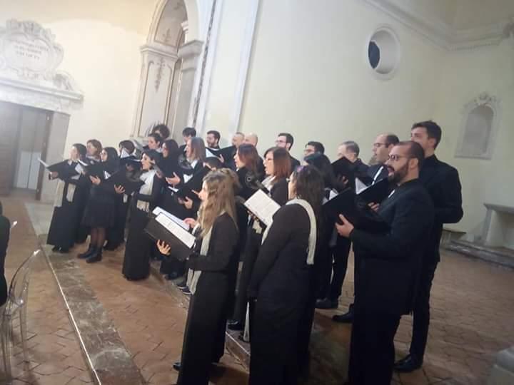 """Barcellona PG. Il Coro Polifonico """"Ouverture"""" riscuote unanimi consensi nel concerto """"Giubilaeum"""""""