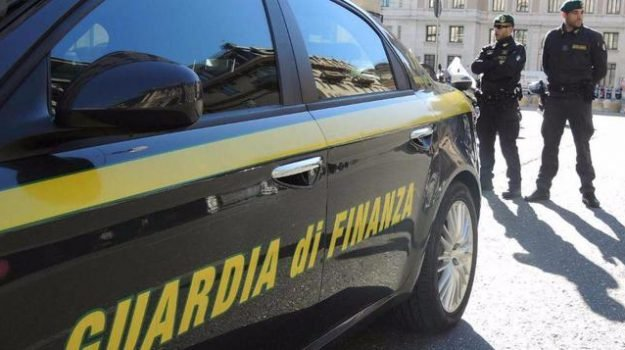 'Operazione Festa in Maschera'. Supermercato della droga tra Calabria e Sicilia, 11 arresti: I dettagli