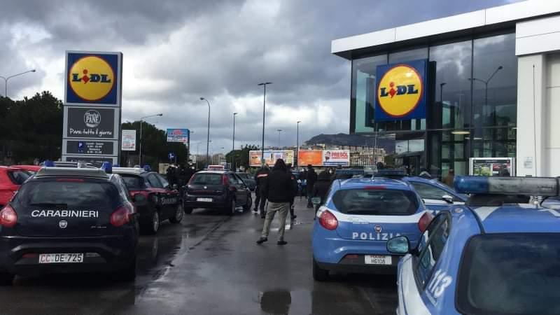 Coronavirus in Sicilia. Supermercati e poste, tensioni e assembramenti. Iniziativa solidale del comitato Zfm