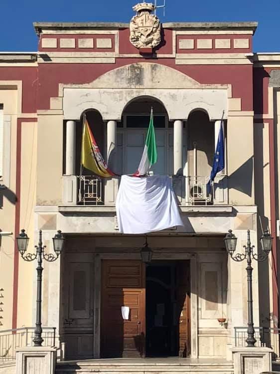 Barcellona PG. Il 28esimo anniversario strage Capaci, Comune aderisce ad iniziativa lenzuolo bianco