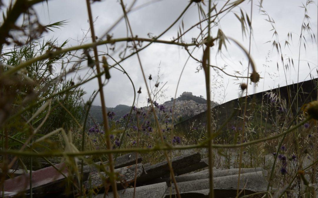 """Valle del Mela. Zero Waste Sicilia, Maio: """"Allarme discariche di amianto nel Floripotema"""""""
