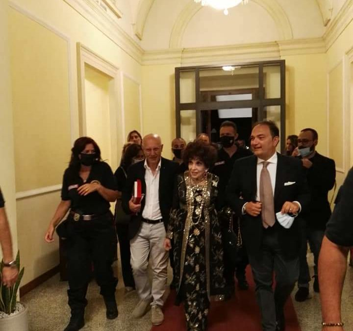 La grande Gina Lollobrigida a Messina dopo 62 anni